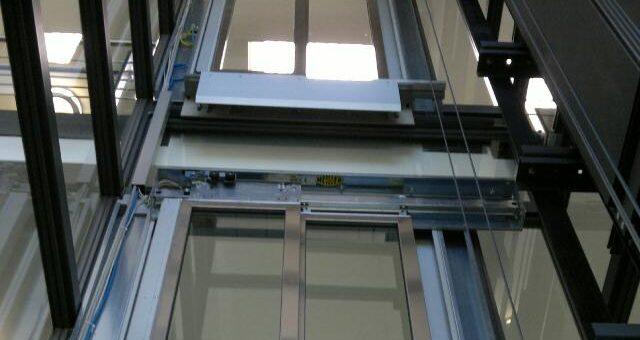 Aufzugtür Umbau von Thyssenkrupp auf Siemens von Schaufler Liftservice aus Baden.Baden